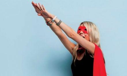 Super Girl Olmak Lazım Bazen!