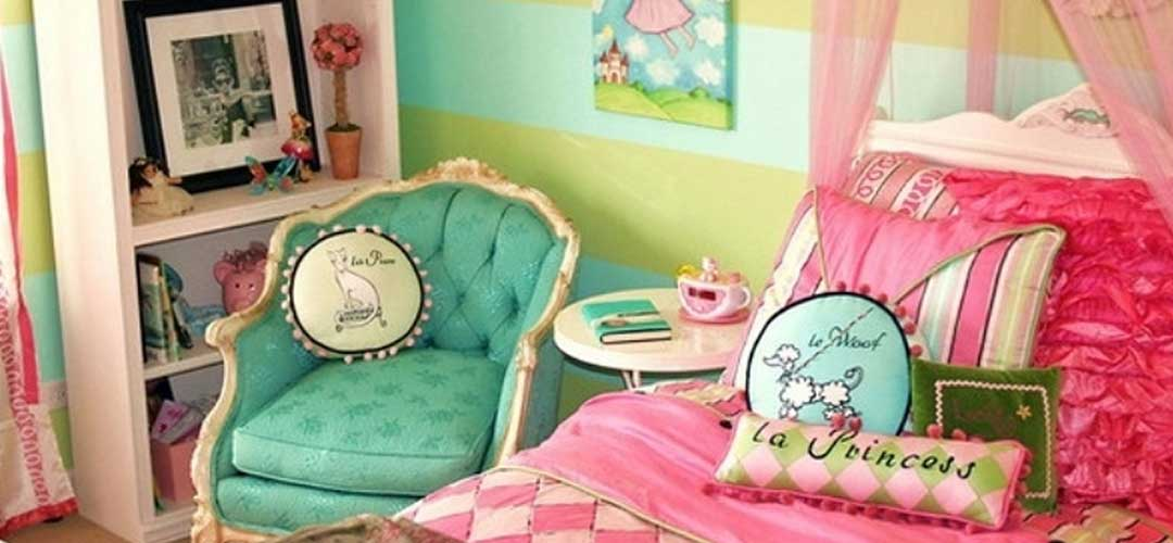 Teenage Girl Odalarında Gökkuşağı Renkleri